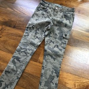 Faded Glory Camo Skinny Jeans Size 6